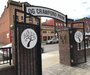 O.G. Crawford Park Entrance featuring 18